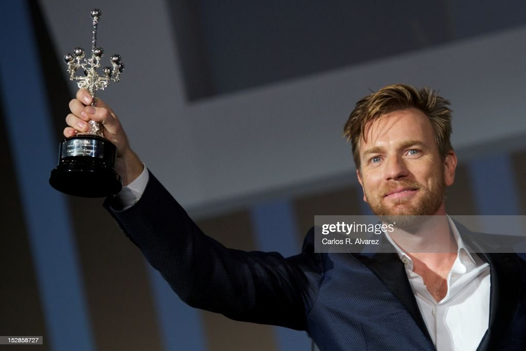 Actor <a gi-track='captionPersonalityLinkClicked' href=/galleries/search?phrase=Ewan+McGregor&family=editorial&specificpeople=202863 ng-click='$event.stopPropagation()'>Ewan McGregor</a> receives the 'Donosti' Lifetime Achievement Award at the Kursaal Palace during the 60th San Sebastian International Film Festival on September 27, 2012 in San Sebastian, Spain.