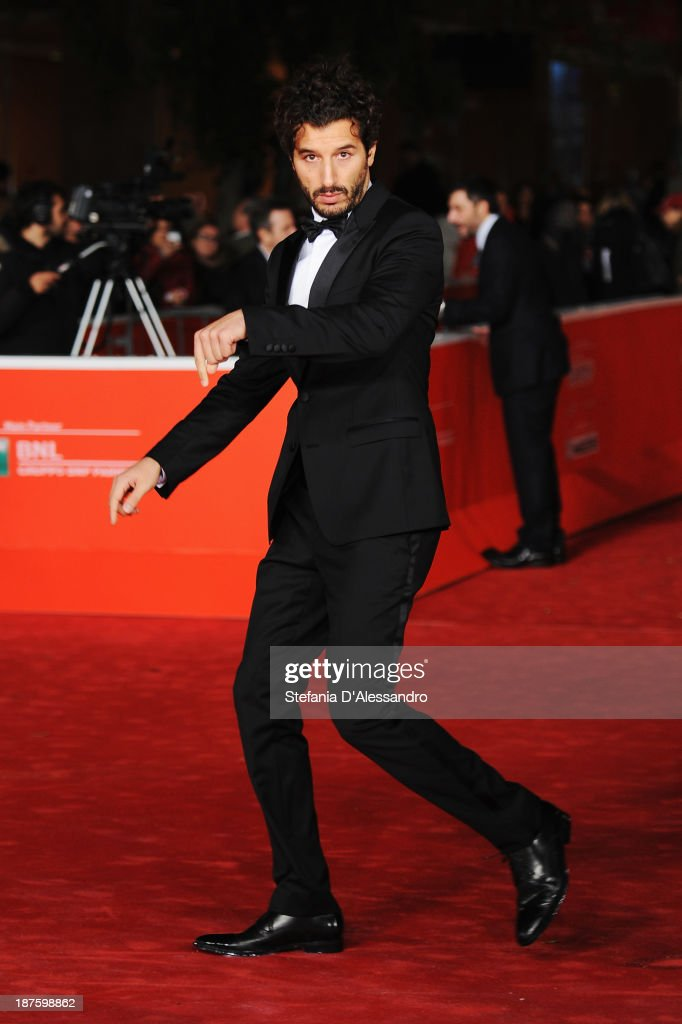 Actor <a gi-track='captionPersonalityLinkClicked' href=/galleries/search?phrase=Francesco+Scianna&family=editorial&specificpeople=5938824 ng-click='$event.stopPropagation()'>Francesco Scianna</a> attends 'Come Il Vento' Premiere during The 8th Rome Film Festival on November 10, 2013 in Rome, Italy.
