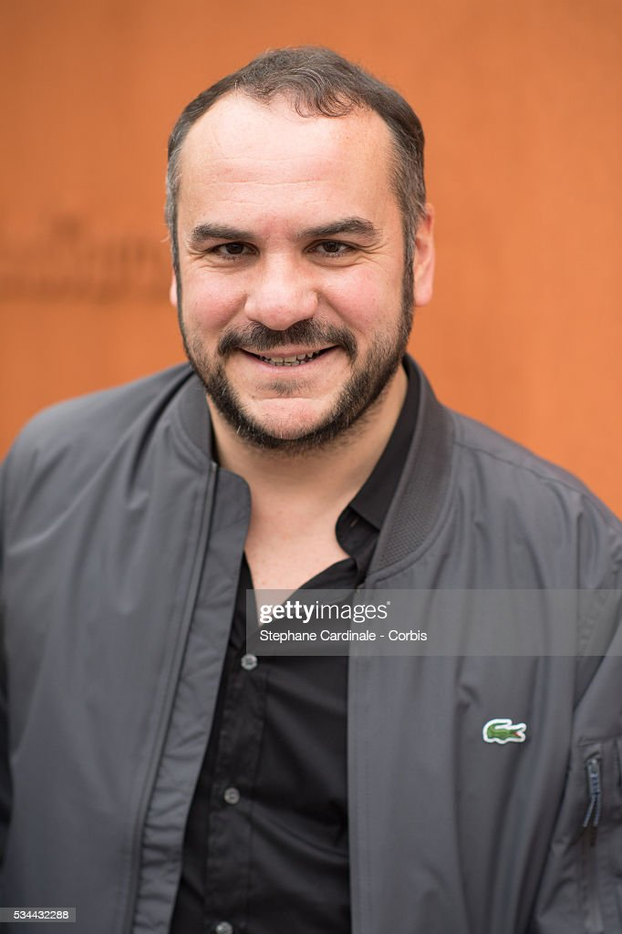 Actor <a gi-track='captionPersonalityLinkClicked' href=/galleries/search?phrase=Francois-Xavier+Demaison&family=editorial&specificpeople=4880398 ng-click='$event.stopPropagation()'>Francois-Xavier Demaison</a> attends day five of the 2016 French Open at Roland Garros on May 26, 2016 in Paris, France.