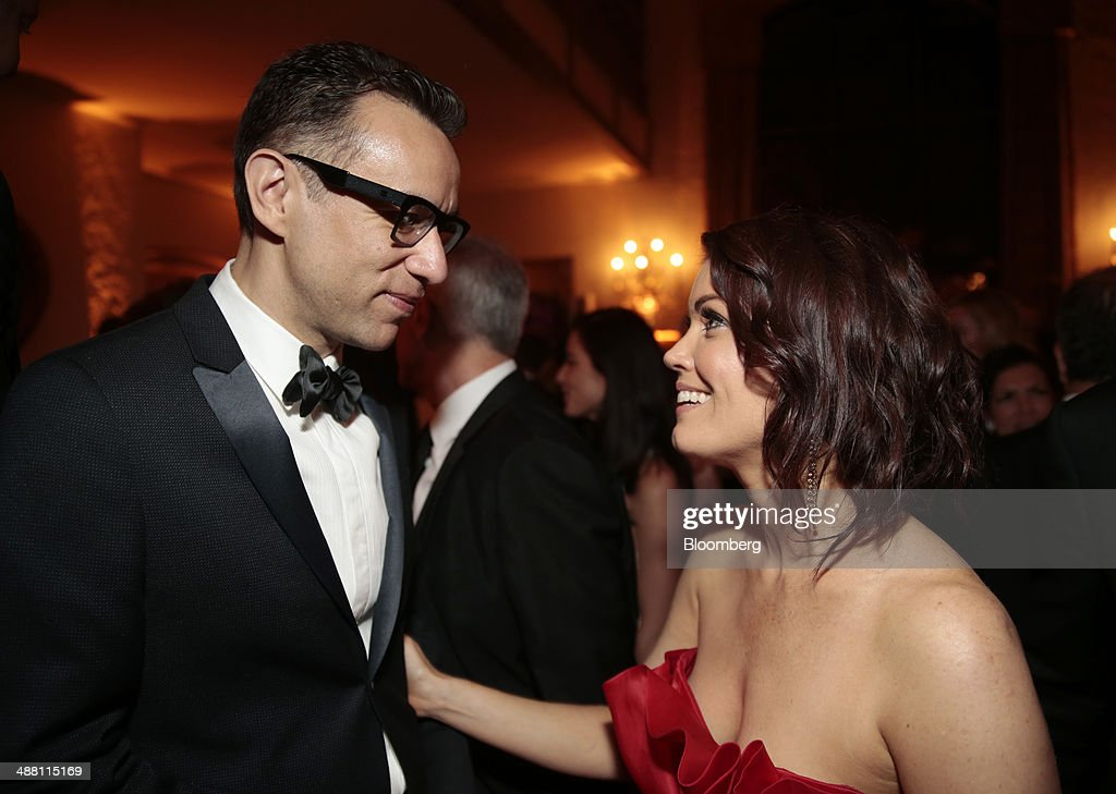 Actor <a gi-track='captionPersonalityLinkClicked' href=/galleries/search?phrase=Fred+Armisen&family=editorial&specificpeople=221426 ng-click='$event.stopPropagation()'>Fred Armisen</a>, left, and actress <a gi-track='captionPersonalityLinkClicked' href=/galleries/search?phrase=Bellamy+Young&family=editorial&specificpeople=4135230 ng-click='$event.stopPropagation()'>Bellamy Young</a> attend the Bloomberg Vanity Fair White House Correspondents' Association (WHCA) dinner afterparty in Washington, D.C., U.S., on Saturday, May 3, 2014. The WHCA, celebrating its 100th anniversary, raises money for scholarships and honors the recipients of the organization's journalism awards. Photographer: Andrew Harrer/Bloomberg via Getty Images
