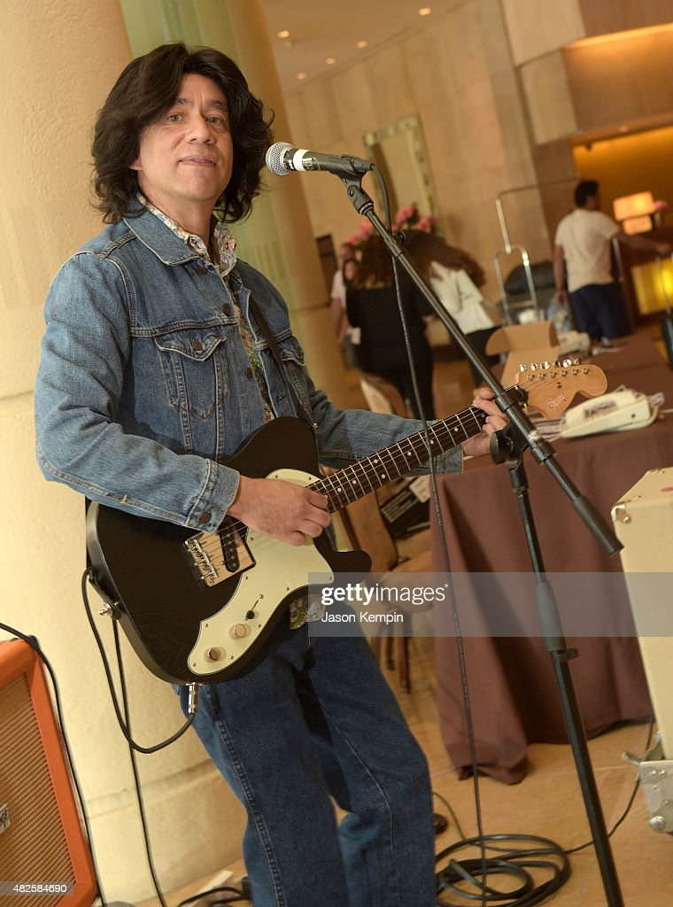 Actor Fred Armisen performs in the lobby during the IFC summer 2015 TCA Panel at The Beverly Hilton Hotel on July 31 2015 in Beverly Hills California