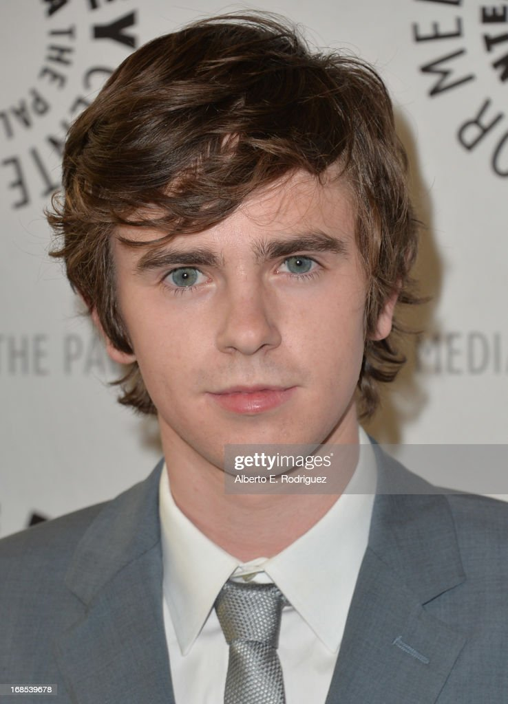 Actor <a gi-track='captionPersonalityLinkClicked' href=/galleries/search?phrase=Freddie+Highmore&family=editorial&specificpeople=210834 ng-click='$event.stopPropagation()'>Freddie Highmore</a> arrivies to The Paley Center for Media Presents 'Bates Motel: Reimagining A Cinema Icon' at The Paley Center for Media on May 10, 2013 in Beverly Hills, California.