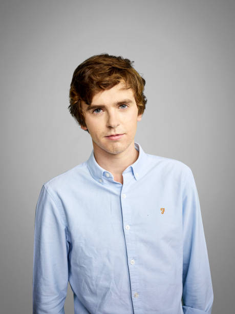 freddie highmore - photo #42