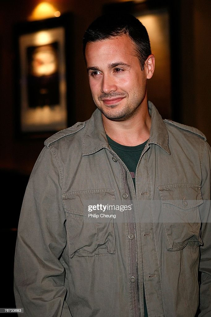 Actor Freddie Prinze Jr. arrives at the 'New York City Serenade' World Premiere screening during the Toronto International Film Festival 2007 held at the Varisty 8 theatre on September 13, 2007 in Toronto, Canada.