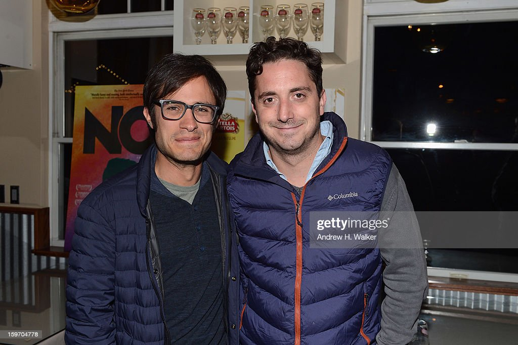 Actor <a gi-track='captionPersonalityLinkClicked' href=/galleries/search?phrase=Gael+Garcia+Bernal&family=editorial&specificpeople=202025 ng-click='$event.stopPropagation()'>Gael Garcia Bernal</a> and director <a gi-track='captionPersonalityLinkClicked' href=/galleries/search?phrase=Pablo+Larrain&family=editorial&specificpeople=5351700 ng-click='$event.stopPropagation()'>Pablo Larrain</a> attend the Stella Artois Cafe on January 18, 2013 in Park City, Utah.