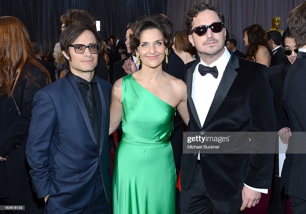 Actor Gael Garcia Bernal Antonia Zegers and director Pablo Larraín Matte arrive at the Oscars at Hollywood Highland Center on February 24 2013 in...