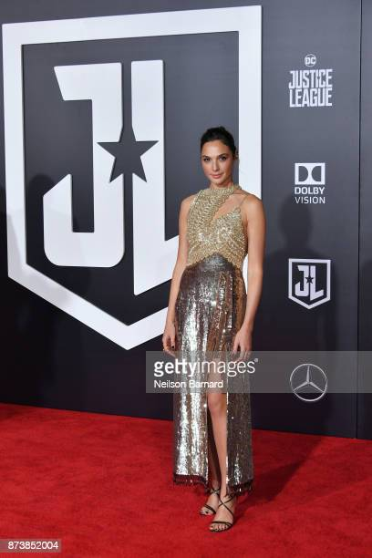 Actor Gal Gadot attends the premiere of Warner Bros Pictures 'Justice League' at the Dolby Theatre on November 13 2017 in Hollywood California
