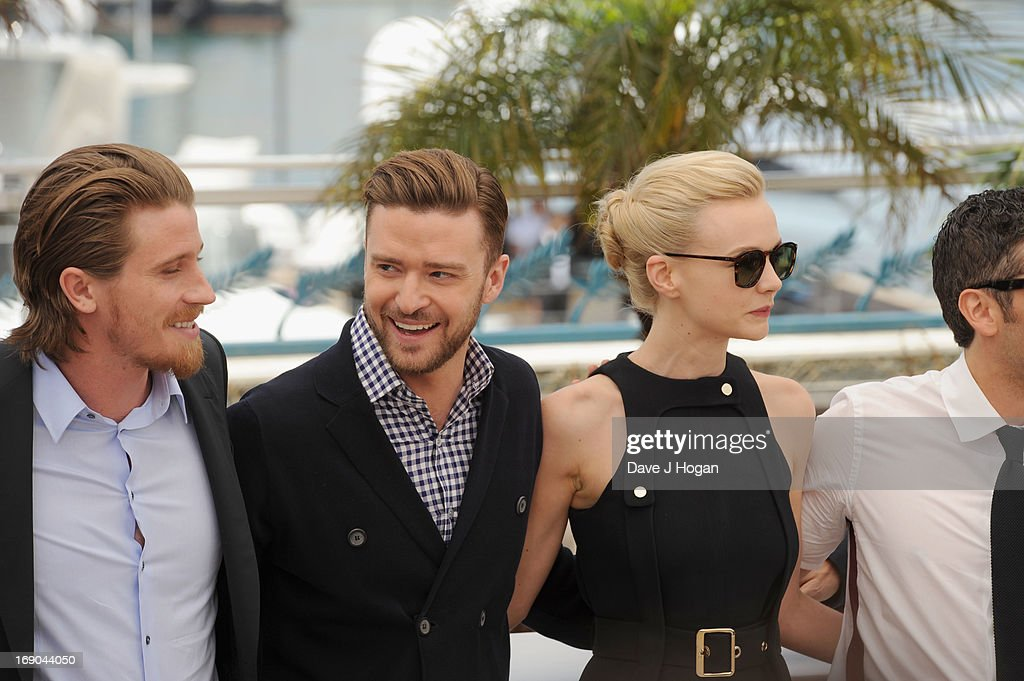 Actor <a gi-track='captionPersonalityLinkClicked' href=/galleries/search?phrase=Garrett+Hedlund&family=editorial&specificpeople=2290407 ng-click='$event.stopPropagation()'>Garrett Hedlund</a>, actor <a gi-track='captionPersonalityLinkClicked' href=/galleries/search?phrase=Justin+Timberlake&family=editorial&specificpeople=157482 ng-click='$event.stopPropagation()'>Justin Timberlake</a>, actress <a gi-track='captionPersonalityLinkClicked' href=/galleries/search?phrase=Carey+Mulligan&family=editorial&specificpeople=2262681 ng-click='$event.stopPropagation()'>Carey Mulligan</a> and actor <a gi-track='captionPersonalityLinkClicked' href=/galleries/search?phrase=Oscar+Isaac&family=editorial&specificpeople=2275888 ng-click='$event.stopPropagation()'>Oscar Isaac</a> attend the 'Inside Llewyn Davis' photocall during the 66th Annual Cannes Film Festival at the Palais des Festivals on May 19, 2013 in Cannes, France.
