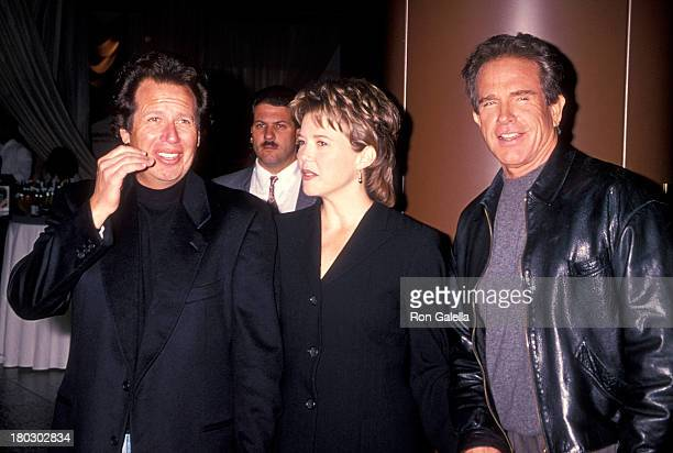 Actor Garry Shandling actress Annette Bening and actor Warren Beatty attend the 'Love Affair' West Hollywood Premiere on October 13 1994 at the DGA...