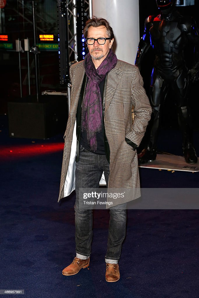 Actor <a gi-track='captionPersonalityLinkClicked' href=/galleries/search?phrase=Gary+Oldman&family=editorial&specificpeople=213839 ng-click='$event.stopPropagation()'>Gary Oldman</a> attends the World Premiere of 'Robocop' at BFI IMAX on February 5, 2014 in London, England.