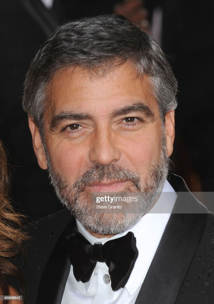 Actor <a gi-track='captionPersonalityLinkClicked' href=/galleries/search?phrase=George+Clooney&family=editorial&specificpeople=202529 ng-click='$event.stopPropagation()'>George Clooney</a> arrives at the 67th Annual Golden Globe Awards at The Beverly Hilton Hotel on January 17, 2010 in Beverly Hills, California.