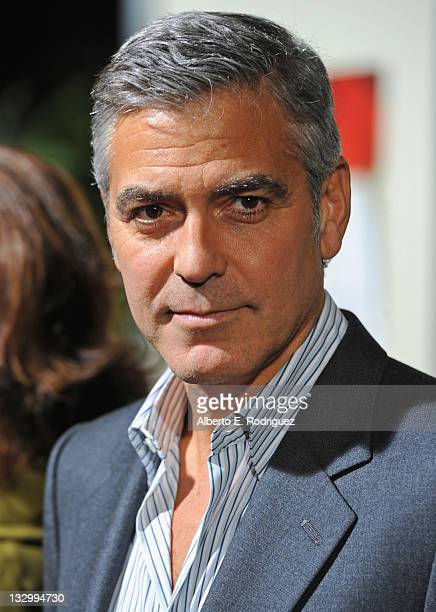 Actor George Clooney arrives to the premiere of Fox Searchlight's 'The Descendants' at AMPAS Samuel Goldwyn Theater on November 15 2011 in Beverly...