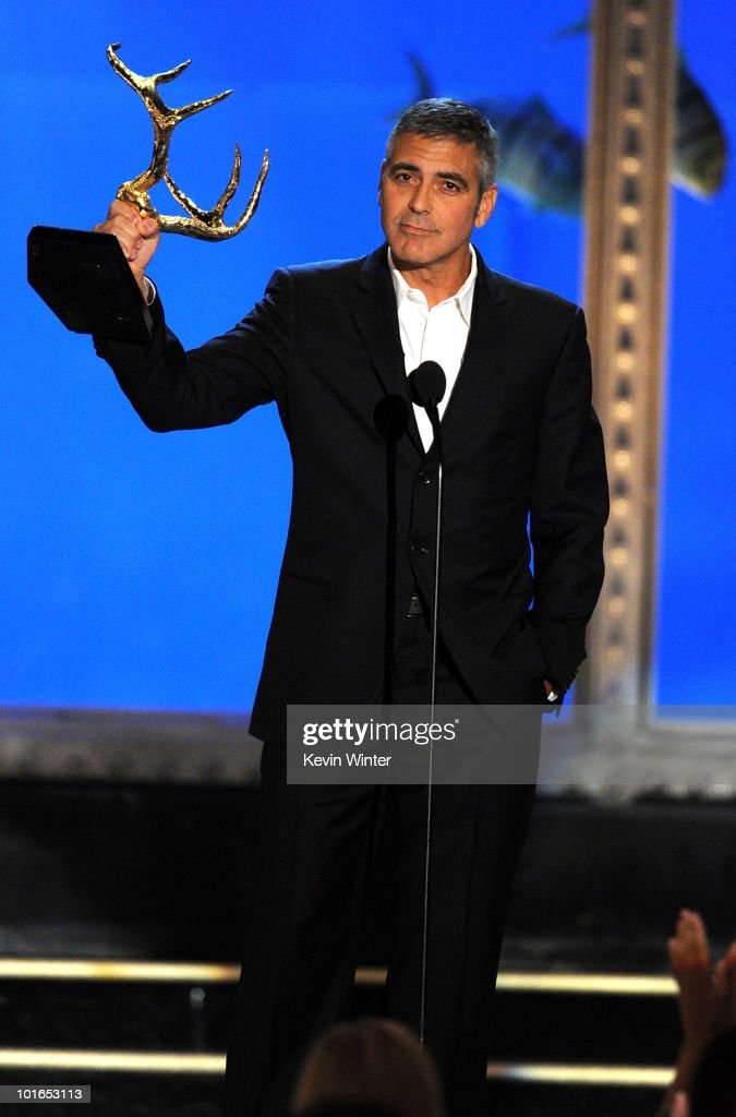 Actor George Clooney receives the Guy Of The Year Award onstage during Spike TV's 4th Annual 'Guys Choice Awards' held at Sony Studios on June 5, 2010 in Los Angeles, California. 'Guys Choice' premieres June 20, 2010 at 10PM ET/PT on Spike.