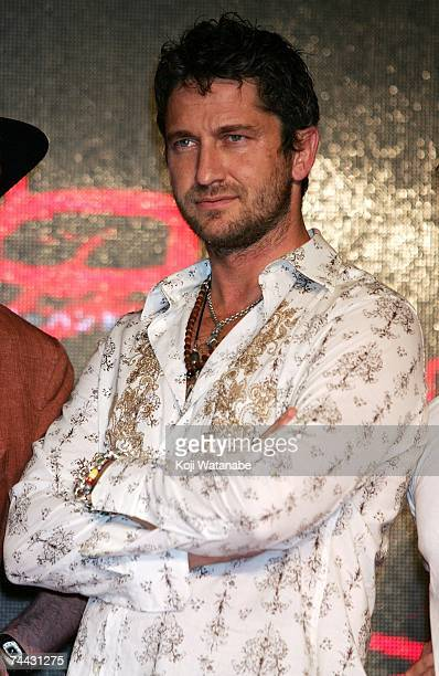 Actor Gerald Butler attends a press conference to promote the film '300' at the Mandarin Oriental Tokyo on June 7 2007 in Tokyo Japan