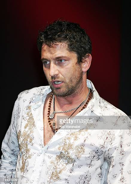 Actor Gerald Butler attends a press conference to promote the film '300' at Mandarin Oriental Tokyo on June 7 2007 in Tokyo Japan