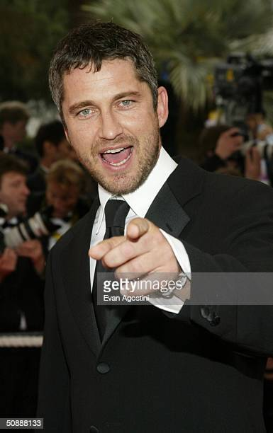 Actor Gerard Butler arrives to the closing night ceremony and the screening of 'DeLovely' during the 57th Cannes Film Festival on May 22 2004 in...