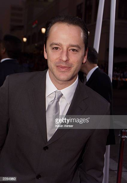 Actor Gil Bellows arrives at the 28th Annual People's Choice Awards held at the Pasadena Civic Auditorium in Los Angeles Ca Jan 13 2001