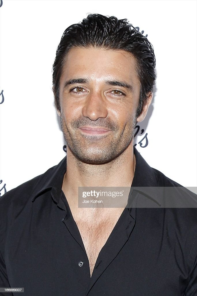 Actor <a gi-track='captionPersonalityLinkClicked' href=/galleries/search?phrase=Gilles+Marini&family=editorial&specificpeople=5360860 ng-click='$event.stopPropagation()'>Gilles Marini</a> attends Kiehl's launches environmental partnership benefiting recycle across America at Kiehl's Since 1851 Santa Monica Store on April 17, 2013 in Santa Monica, California.