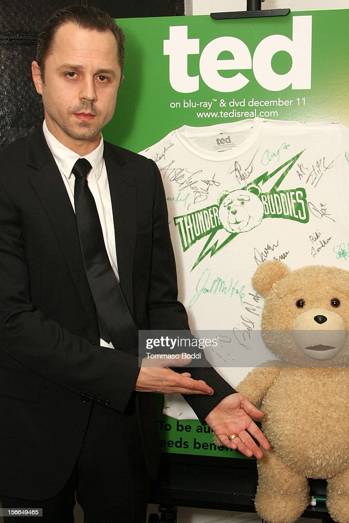 Actor <a gi-track='captionPersonalityLinkClicked' href=/galleries/search?phrase=Giovanni+Ribisi&family=editorial&specificpeople=540443 ng-click='$event.stopPropagation()'>Giovanni Ribisi</a> attends Variety's 3rd annual Power of Comedy event presented by Bing benefiting the Noreen Fraser Foundation held at Avalon on November 17, 2012 in Hollywood, California. The Ted Blu-ray and DVD will be released on December 11, 2012.