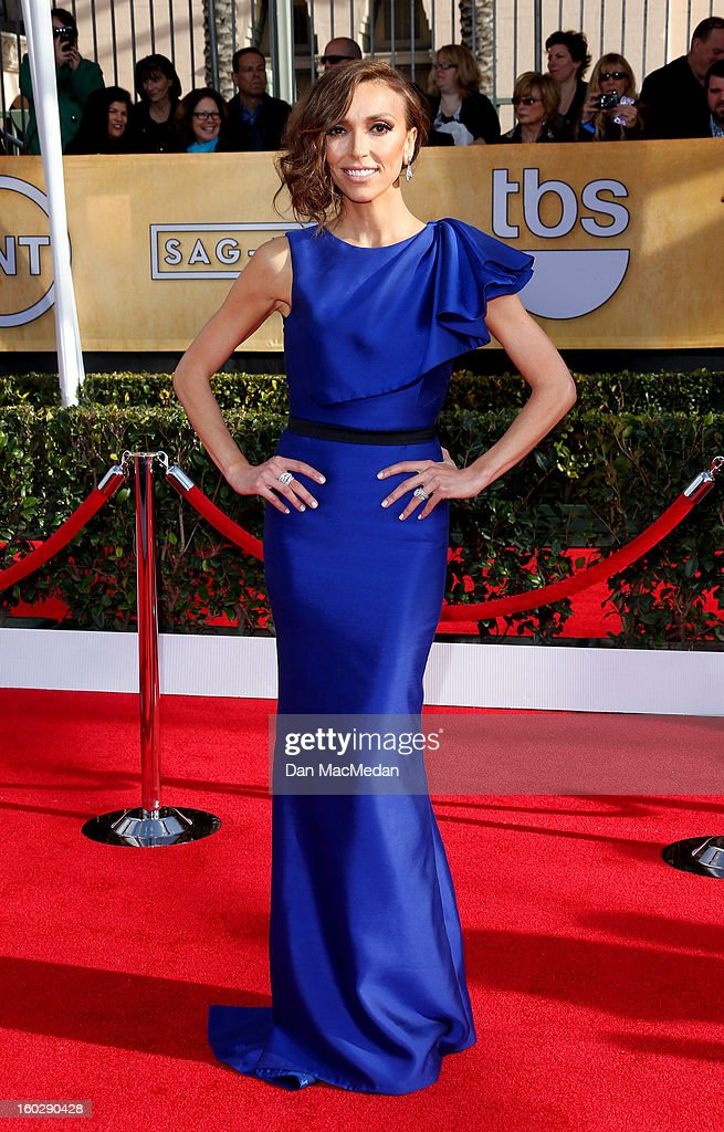 Actor Giuliana Rancic arrives at the 19th Annual Screen Actors Guild Awards at the Shrine Auditorium on January 27, 2013 in Los Angeles, California.