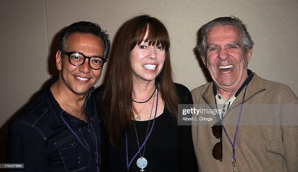Actor Glen Scarpelli, actress <a gi-track='captionPersonalityLinkClicked' href=/galleries/search?phrase=Mackenzie+Phillips&family=editorial&specificpeople=215364 ng-click='$event.stopPropagation()'>Mackenzie Phillips</a> and actor <a gi-track='captionPersonalityLinkClicked' href=/galleries/search?phrase=Pat+Harrington+-+Actor+-+Born+1929&family=editorial&specificpeople=15316237 ng-click='$event.stopPropagation()'>Pat Harrington</a> participate in The Hollywood Show held at Westin LAX Hotel on July 13, 2013 in Los Angeles, California.