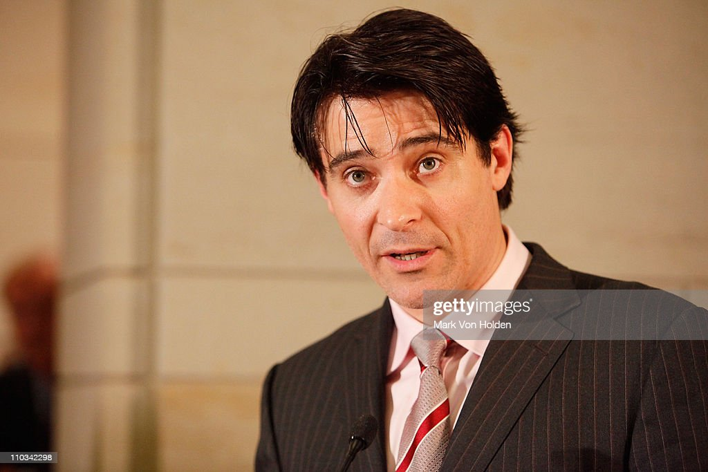 Actor <a gi-track='captionPersonalityLinkClicked' href=/galleries/search?phrase=Goran+Visnjic&family=editorial&specificpeople=213921 ng-click='$event.stopPropagation()'>Goran Visnjic</a> speaks at the International Fund For Animal Welfare's Global Whale Conservation Congressional Reception at the U.S. Capital Visitor Center Atrium on May 19, 2009 in Washington, DC.