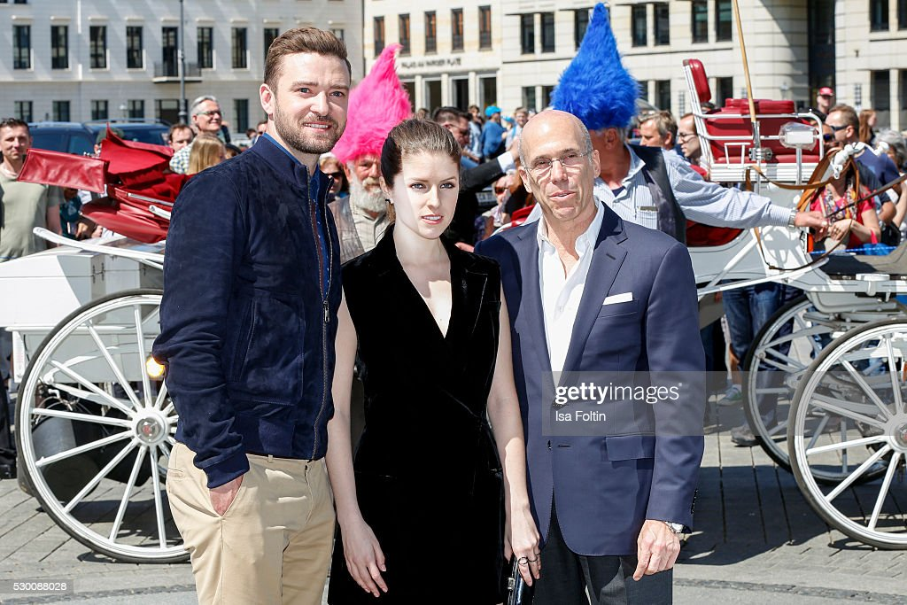 Actor Grammy and EmmyAward WinnerJustin Timberlake US actress Anna Kendrick and producer Jeffrey Katzenberg attend the photocall for the film...