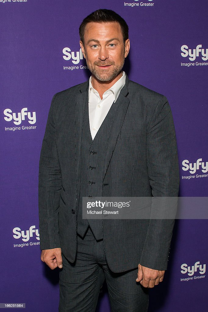 Actor <a gi-track='captionPersonalityLinkClicked' href=/galleries/search?phrase=Grant+Bowler&family=editorial&specificpeople=453292 ng-click='$event.stopPropagation()'>Grant Bowler</a> attends the 2013 Syfy Upfront at Silver Screen Studios at Chelsea Piers on April 10, 2013 in New York City.