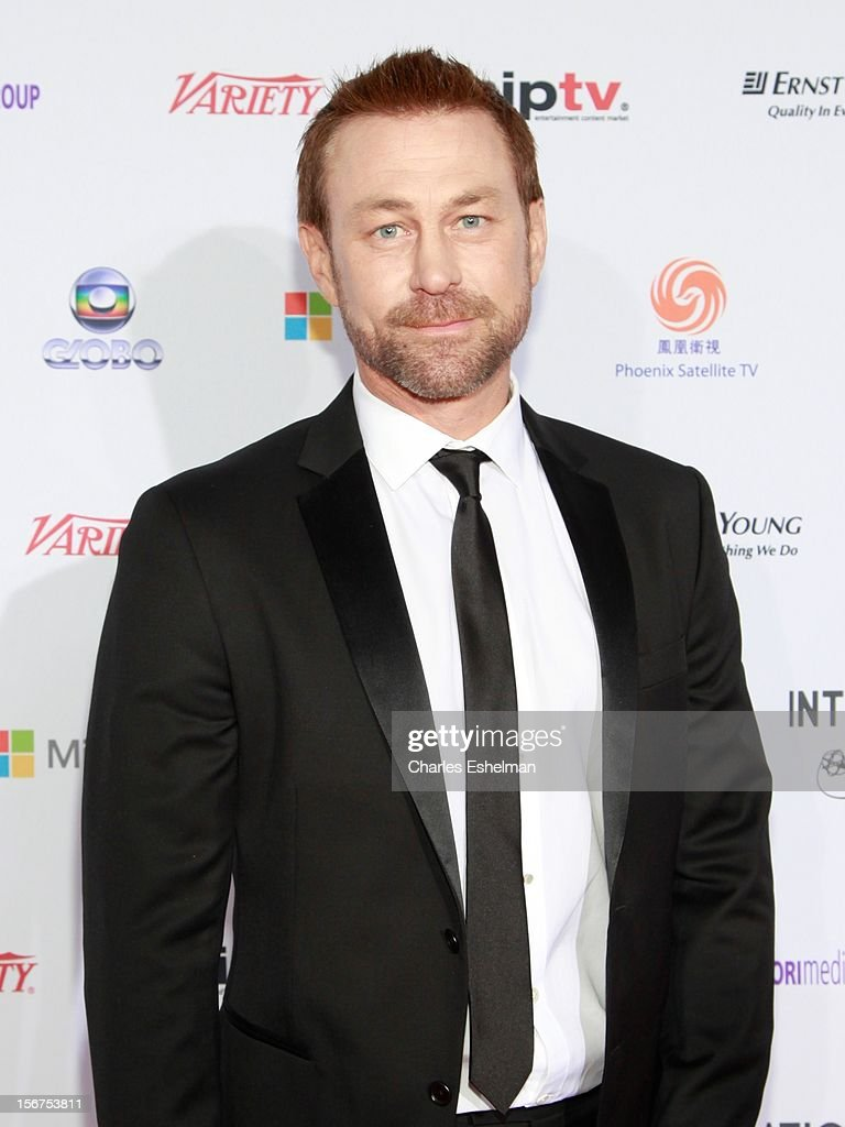 Actor <a gi-track='captionPersonalityLinkClicked' href=/galleries/search?phrase=Grant+Bowler&family=editorial&specificpeople=453292 ng-click='$event.stopPropagation()'>Grant Bowler</a> attends the 40th International Emmy Awards at Mercury Ballroom at the New York Hilton on November 19, 2012 in New York City.