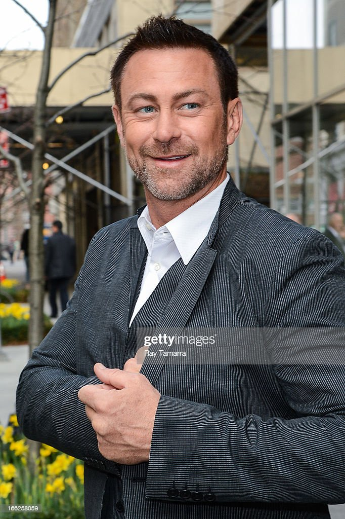 Actor <a gi-track='captionPersonalityLinkClicked' href=/galleries/search?phrase=Grant+Bowler&family=editorial&specificpeople=453292 ng-click='$event.stopPropagation()'>Grant Bowler</a> leaves his Soho hotel on April 10, 2013 in New York City.