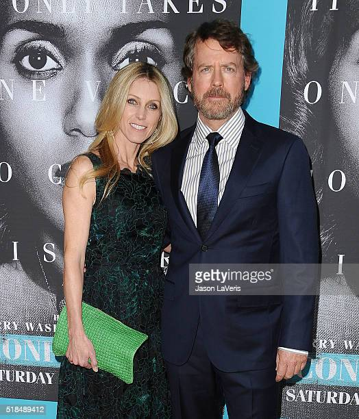Actor Greg Kinnear and wife Helen Labdon attend the premiere of 'Confirmation' at Paramount Theater on the Paramount Studios lot on March 31 2016 in...