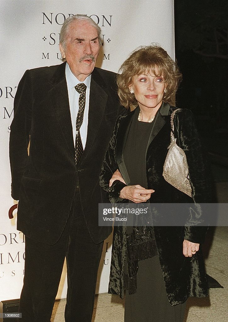 Actor Gregory Peck and wife Veronique arrive for the premiere of the documentary film, 'The Art of Norton Simon' November 29, 2000 at the Norton Simon Museum in Pasadena, CA.