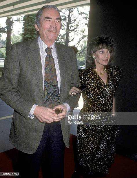 Actor Gregory Peck and wife Veronique Peck attend The Hollywood Reporter Salutes Radie Harris on March 21 1985 at Beverly Hills Hotel in Beverly...