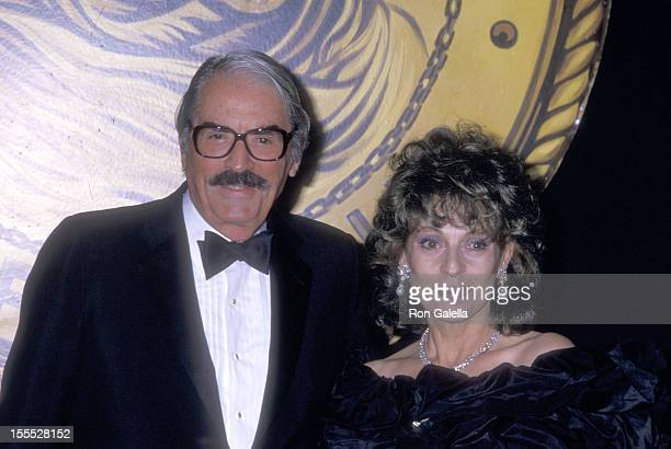 Actor Gregory Peck and wife Veronique Peck attend the New York Friars Club Tribute to Barbara Sinatra on May 14 1988 at The WaldorfAstoria Hotel in...