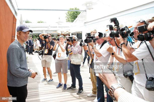 Actor Guillaume Canet attends the Men Final of the 2017 French Tennis Open Day Fithteen at Roland Garros on June 11 2017 in Paris France