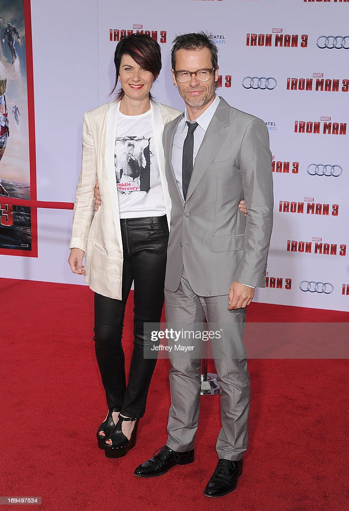Actor <a gi-track='captionPersonalityLinkClicked' href=/galleries/search?phrase=Guy+Pearce&family=editorial&specificpeople=217261 ng-click='$event.stopPropagation()'>Guy Pearce</a> (R) and wife Kate Mestitz arrive at the 'Iron Man 3' - Los Angeles Premiere at the El Capitan Theatre on April 24, 2013 in Hollywood, California.