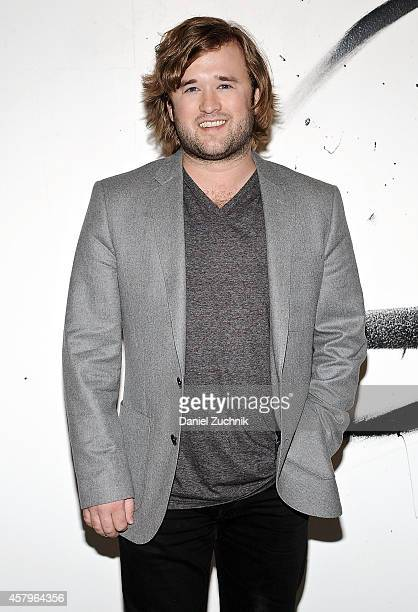 Actor Haley Joel Osment speaks at AOL BUILD Speaker Series at AOL Studios In New York on October 27 2014 in New York City