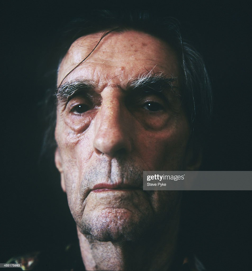 Actor <a gi-track='captionPersonalityLinkClicked' href=/galleries/search?phrase=Harry+Dean+Stanton&family=editorial&specificpeople=665590 ng-click='$event.stopPropagation()'>Harry Dean Stanton</a> is photographed for the Observer on October 23, 2013 in Los Angeles, California. PUBLISHED