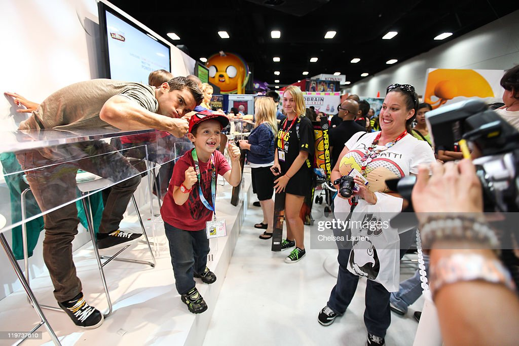 Actor Hector David Jr. greets fans at Saban's Samurai Power Rangers signing at the 2011 San Diego Comic-Con International on July 23, 2011 in San Diego, California.