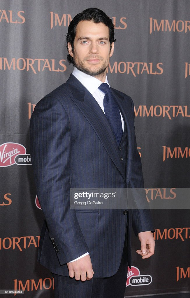 Actor Henry Cavill arrives at the 'Immortals' - Los Angeles Premiere at Nokia Theatre L.A. Live on November 7, 2011 in Los Angeles, California.
