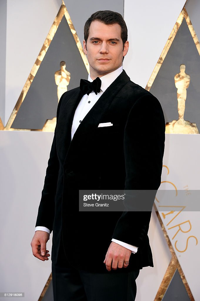 Actor <a gi-track='captionPersonalityLinkClicked' href=/galleries/search?phrase=Henry+Cavill&family=editorial&specificpeople=3767741 ng-click='$event.stopPropagation()'>Henry Cavill</a> attends the 88th Annual Academy Awards at Hollywood & Highland Center on February 28, 2016 in Hollywood, California.