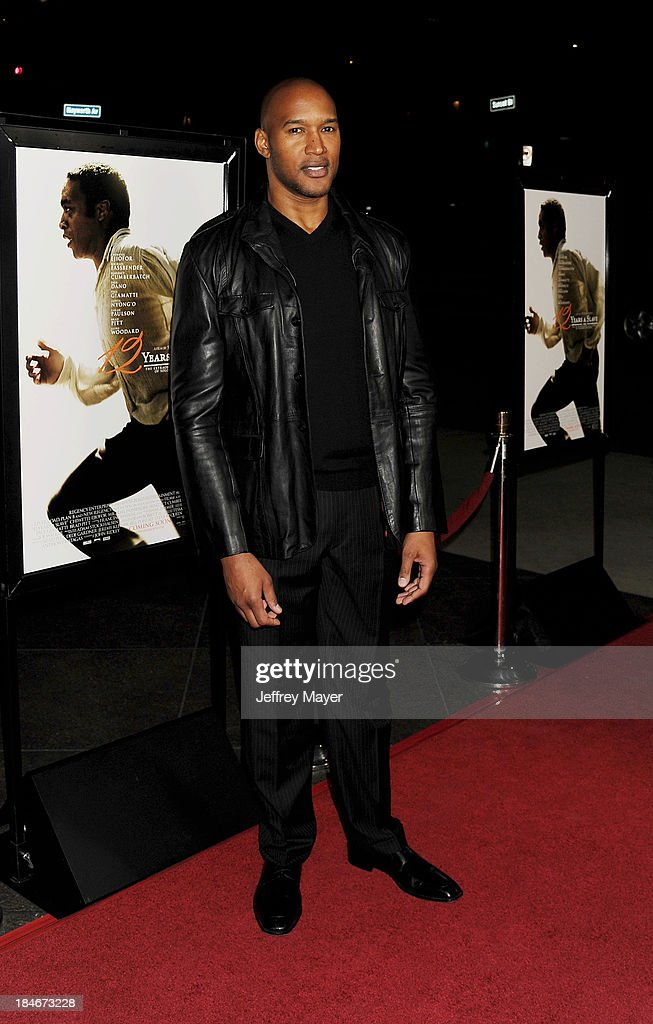 Actor Henry Simmons arrives at the Los Angeles premiere of '12 Years A Slave' at Directors Guild Of America on October 14, 2013 in Los Angeles, California.