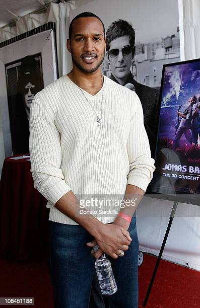 Actor Henry Simmons attends the 7th annual Stuart House Benefit held by John Varvatos and Converse at John Varvatos Boutique on March 8 2009 in Los...