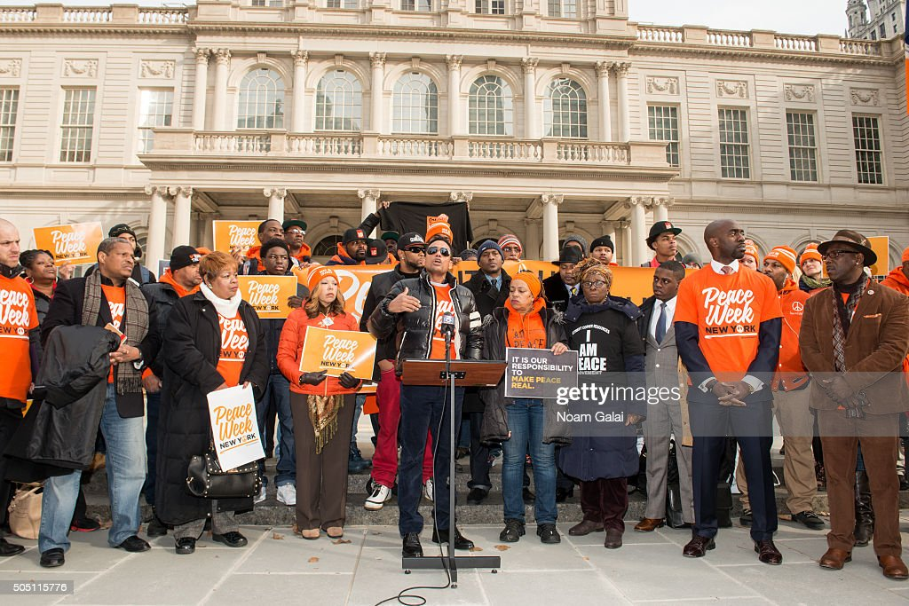 Actor Hill Harper speaks at the 6th annual New York Peace Week press conference at City Hall on January 15 2016 in New York City