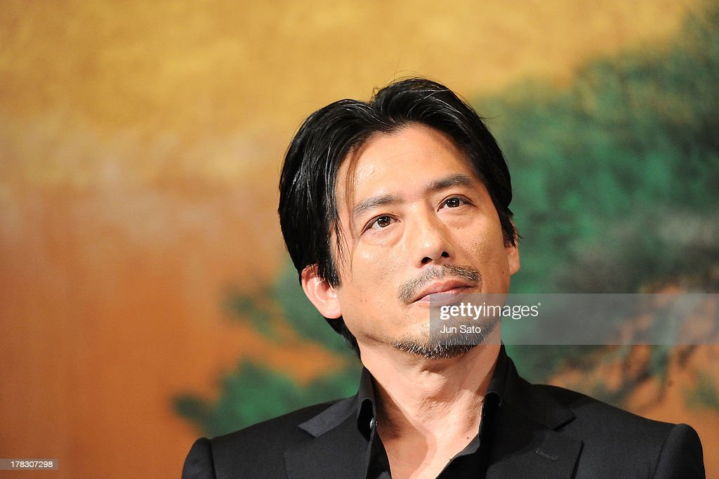 Actor <a gi-track='captionPersonalityLinkClicked' href=/galleries/search?phrase=Hiroyuki+Sanada&family=editorial&specificpeople=209049 ng-click='$event.stopPropagation()'>Hiroyuki Sanada</a> attends 'The Wolverine' press conference at the Meguro Gajyoen on August 29, 2013 in Tokyo, Japan.
