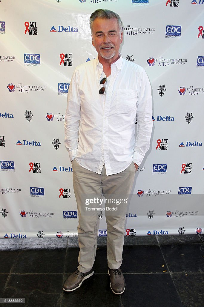 Actor Ian Buchanan attends The Elizabeth Taylor AIDS Foundation Hosts HIV Testing Event at The Abbey on June 27, 2016 in West Hollywood, California.