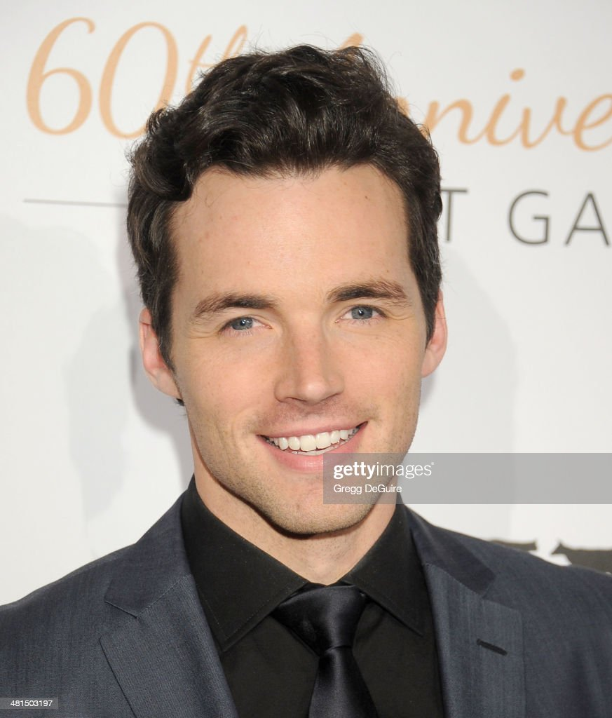 Actor <a gi-track='captionPersonalityLinkClicked' href=/galleries/search?phrase=Ian+Harding&family=editorial&specificpeople=7133462 ng-click='$event.stopPropagation()'>Ian Harding</a> arrives at The Humane Society Of The United States 60th anniversary benefit gala at The Beverly Hilton Hotel on March 29, 2014 in Beverly Hills, California.