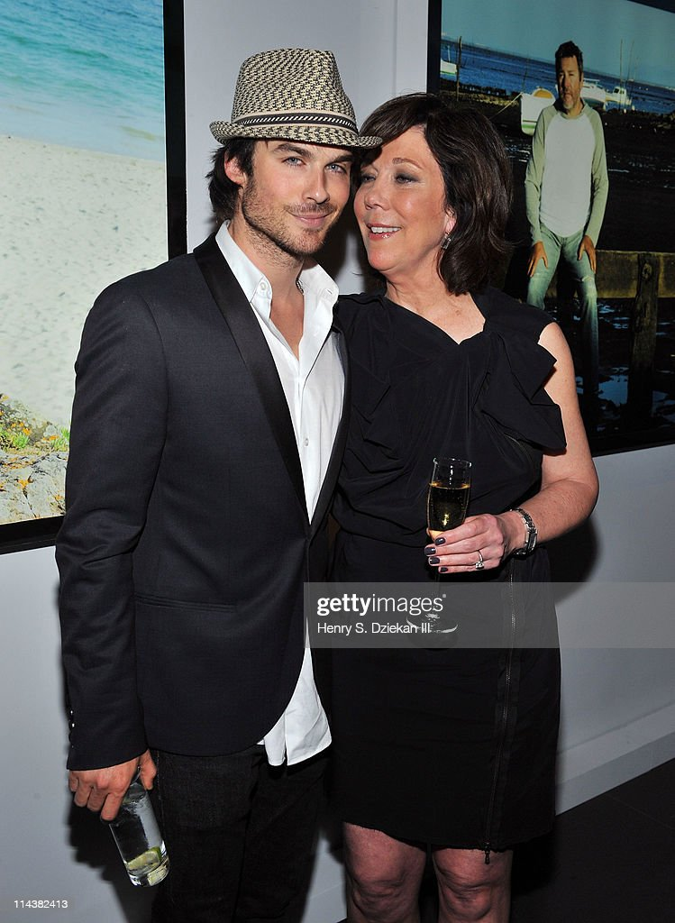 Actor <a gi-track='captionPersonalityLinkClicked' href=/galleries/search?phrase=Ian+Somerhalder&family=editorial&specificpeople=614226 ng-click='$event.stopPropagation()'>Ian Somerhalder</a> and President of La Mer Maureen Case attend World Ocean Day 2011 celebrated by La Mer and Oceana at Affirmation Arts on May 18, 2011 in New York City.