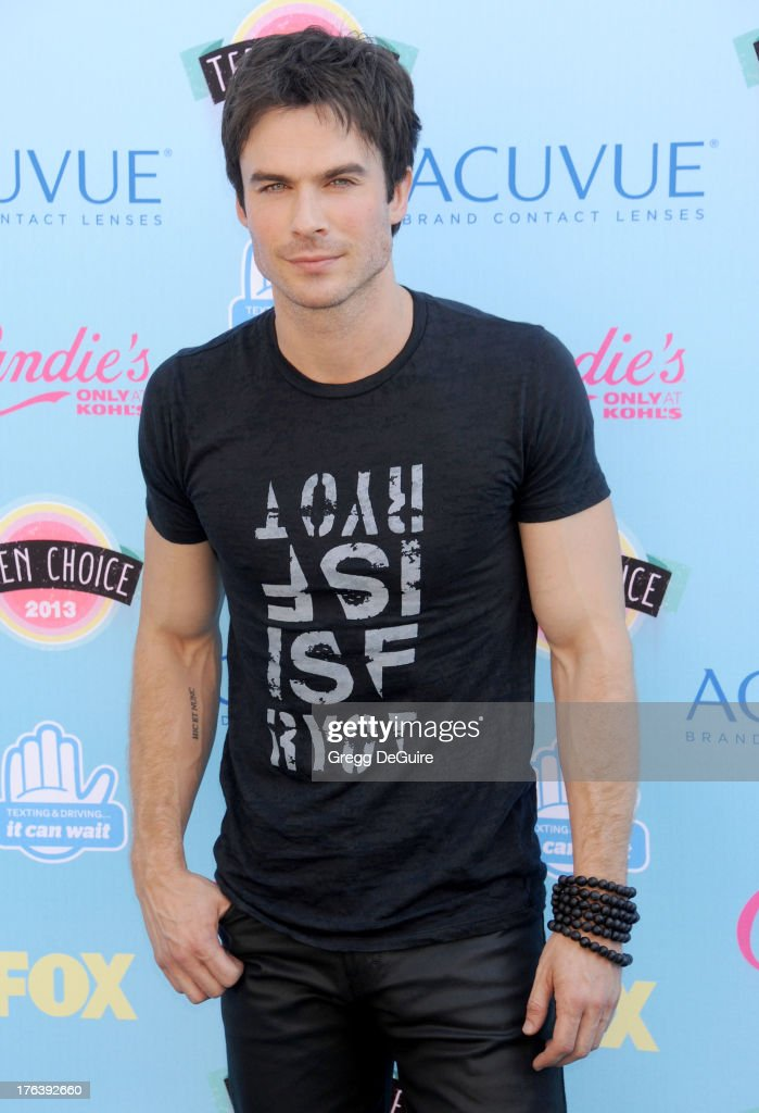 Actor <a gi-track='captionPersonalityLinkClicked' href=/galleries/search?phrase=Ian+Somerhalder&family=editorial&specificpeople=614226 ng-click='$event.stopPropagation()'>Ian Somerhalder</a> arrives at the 2013 Teen Choice Awards at Gibson Amphitheatre on August 11, 2013 in Universal City, California.