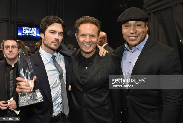Actor Ian Somerhalder producer Mark Burnett and LL Cool J pose with the Favorite SciFi/Fantasy TV Actor award during The 40th Annual People's Choice...